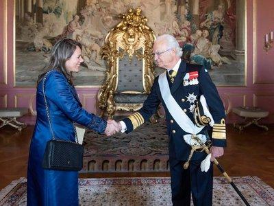 Cesan funciones de plenipotenciaria tras cierre de Embajada en Suecia