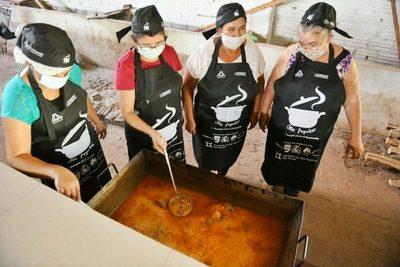 Reconocen a voluntarios que hacen posible las ollas populares en Alto Paraná