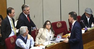 La Nación / Patria Querida exige al Gobierno su plan para deuda ya aprobada