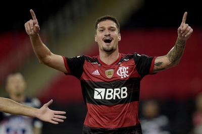 Flamengo doblega a Junior y gana su zona