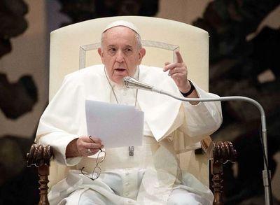Papa apoya las leyes de convivencia civil para las parejas homosexuales