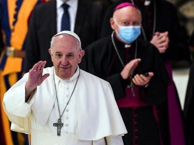 El Papa, a favor de ley de unión civil para parejas homosexuales