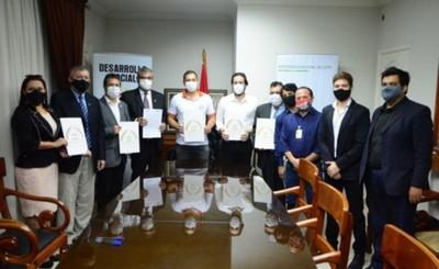 Municipalidad de CDE suscribe convenio de cooperación con la UNE