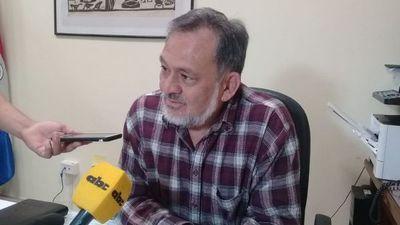 """""""Sixto es un extorsionador profesional"""", afirma Tuma"""