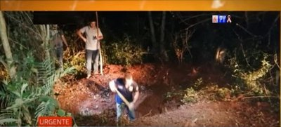 Encuentran cuerpos en fosa común en San Pedro del Paraná
