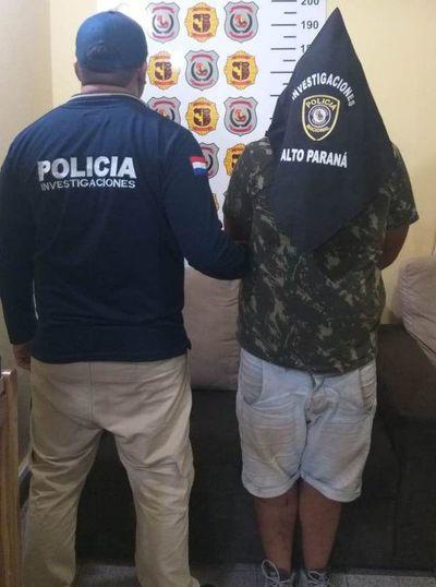 Policía detiene a un brasileño con automóvil sin documentos
