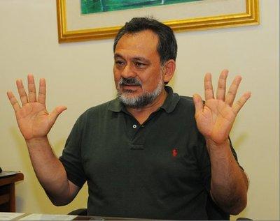 Sixto Pereira niega haber pedido dinero para solucionar conflictos de tierras