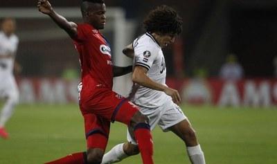 Libertad se juega su continuidad en la Copa