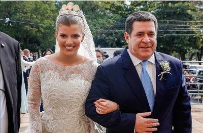 Fiscalía pide extinción de la causa por la boda de Sol Cartes
