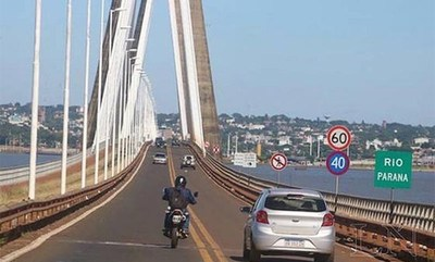 Claman por reapertura de puente, pero la decisión depende de Argentina