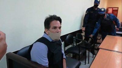 «Alguien me quiere hacer la cama», asegura Turrini y se declara inocente