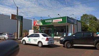 Asaltan uno de los locales de Vital Farmacia