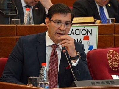Beto Ovelar internado tras dar positivo al COVID-19