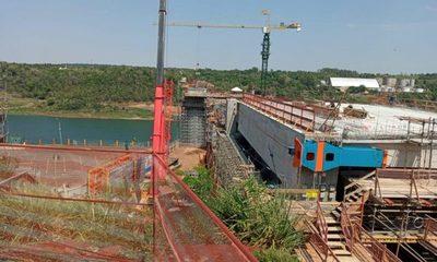 Puente de la Integración va cobrando forma con corrimiento del primer tablero y viga