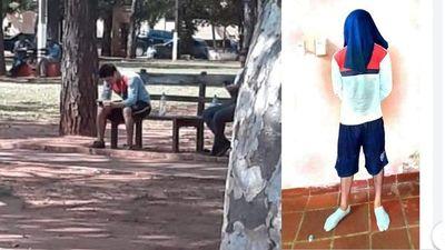 Tenía orden de captura, se le ocurrió sentarse  frente a la Comisaría y fue detenido