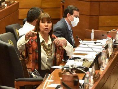 Amarilla acusa que la sancionaron con prepotencia y por venganza