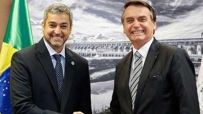 Oficializan cupo de compra para brasileños en el exterior