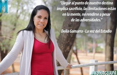 """""""La voz del estadio"""": Delia Gamarra, la kuña guapa de Musas"""