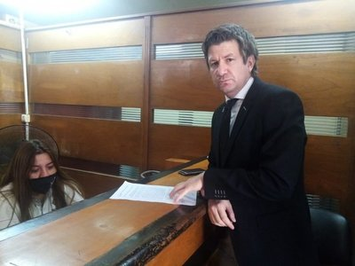 Reiteran pedido de imputación contra ex abogado de Nicolás Leoz