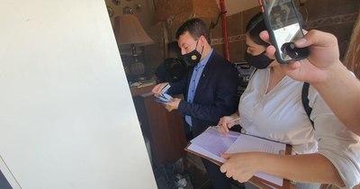 La Nación / Fiscalía incauta documentos del domicilio de esposa de Cristian Turrini