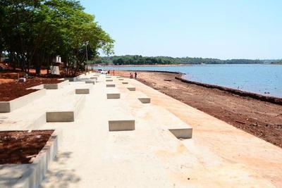 Avanza la construcción de la costanera de CDE