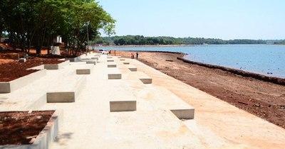 La Nación / Avanza playa escalonada de la futura costanera de CDE