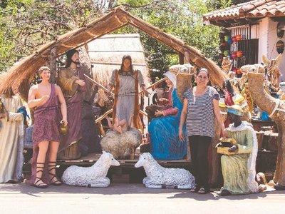 Gigantescos pesebres son furor en Areguá