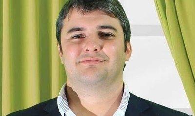 Marcos Benítez no es cliente de empresa fabricante de tragamonedas, aclara representante