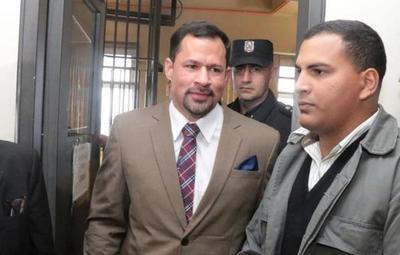 Ulises Quintana seguirá preso en Viñas Cue