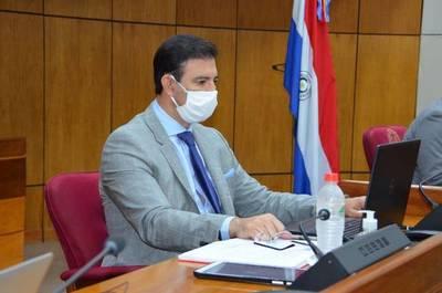 """Silvio Ovelar con Covid-19: """"Está en una sala común con oxígeno"""""""