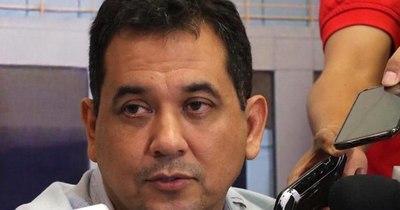 La Nación / Arévalo cambia de postura y dice que votará por la pérdida de investidura de Friedmann