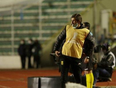 """Crónica / Gustavo Costas: """"José Florentín me gana todos los días"""""""