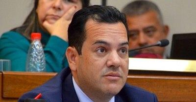 La Nación / Nuevo intento de evitar tratar pérdida de investidura de Rodolfo Friedmann