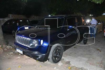 Incautan vehículo con documentos presuntamente falsificados