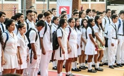 Propone retorno a clases presenciales para alumnos del último año