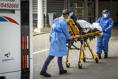 Sube el exceso de mortalidad en Países Bajos, que traslada pacientes a Alemania