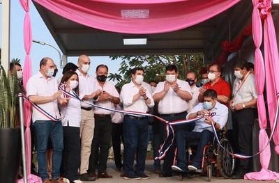 Gobierno inauguró pabellones de Contingencia en Misiones