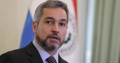 Mario Abdo suspende su agenda por una indisposición