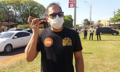 Prieto da 24 horas para derribar casillas de espacios públicos, o echa a director de Fiscalización