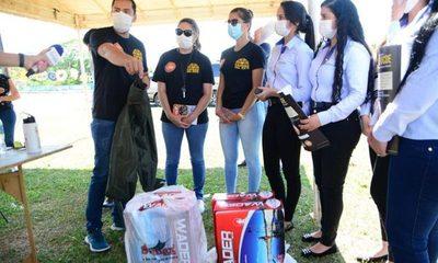 Reciben equipos de protección para reforzar limpieza de arroyo Amambay