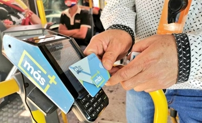 HOY / Abuchean a funcionarios que fiscalizan cumplimiento del billetaje electrónico