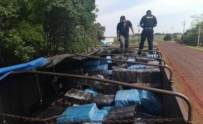 HOY / Camión narco es interceptado por Senad y detienen a 3 personas