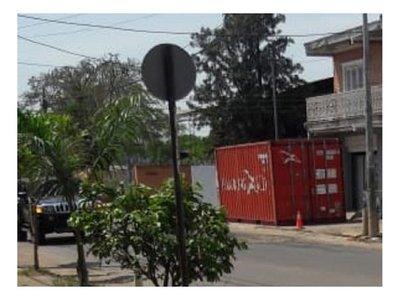 Hallan un cadáver en el interior de un contenedor en Asunción
