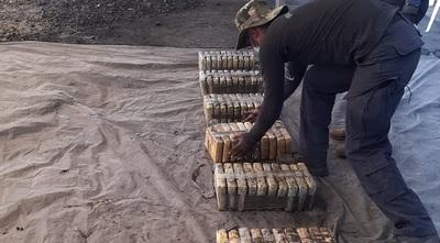 Hallan más cocaína en otros contenedores cargados de supuesto carbón