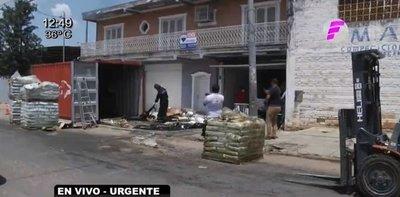 Hallan cadáveres en un contenedor depositado en Asunción