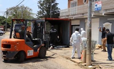 HOY / Suman siete cadáveres hallados en contenedor: uno tenía documento marroquí