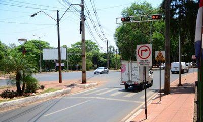Comuna de CDE ahorra Gs. 40 millones en reparación de semáforos