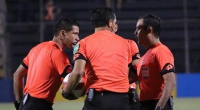 Listos los árbitros para arrancar esta tarde con la fecha 2 del Torneo Clausura