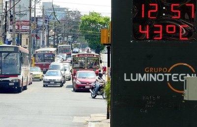 Crónica / OTRO RÉCORD: Se superó altas temperaturas luego de 48 años