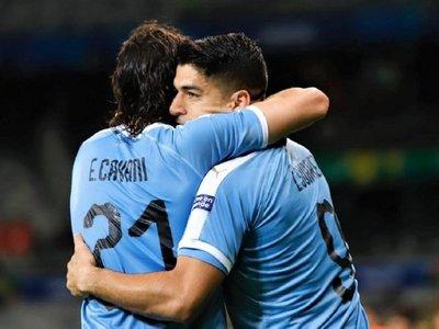 Cavani retorna a la selección de Uruguay para jugar contra Colombia y Brasil